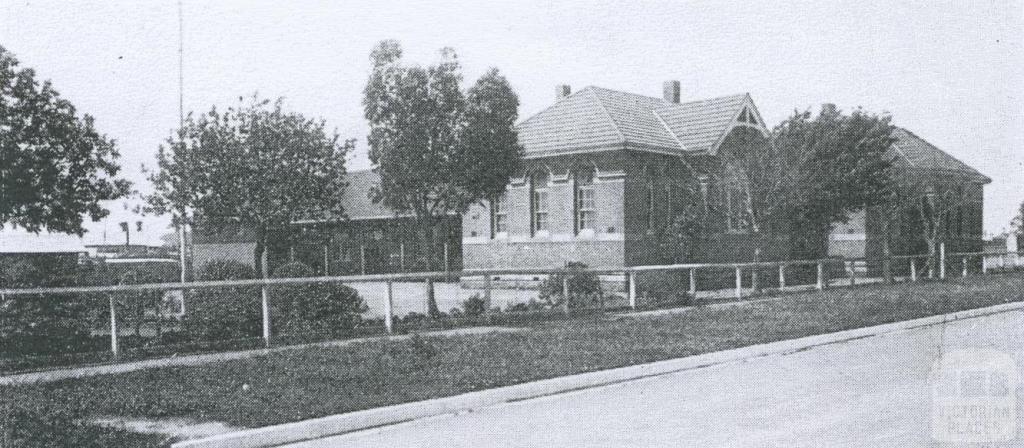 The Newport State School, 1934