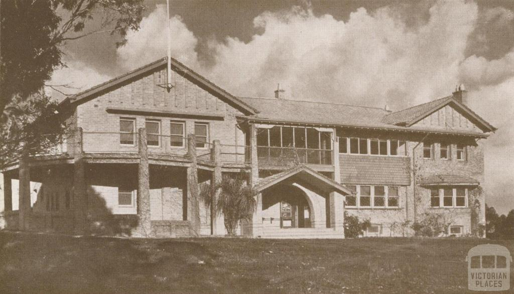 Rosanna Golf Club House, 1937