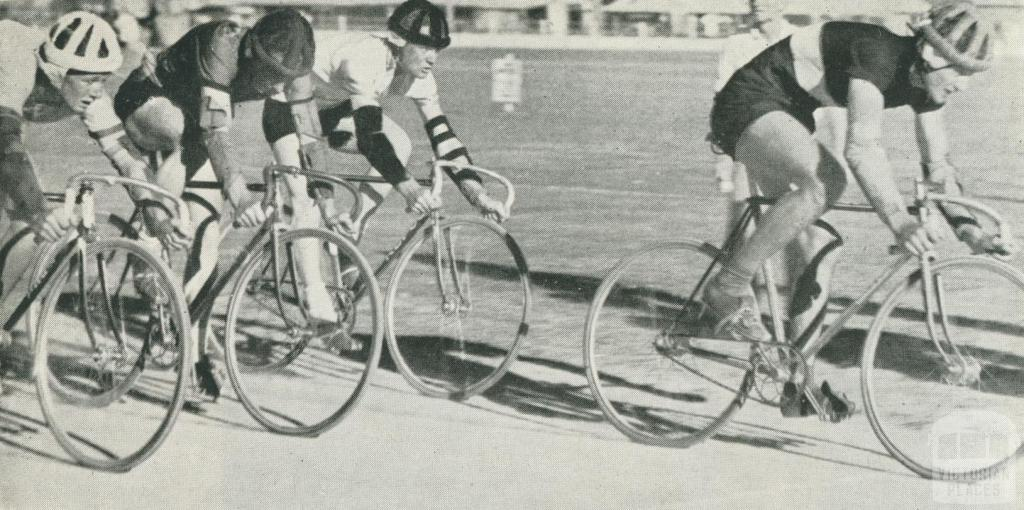 Amateur Cycling Club, Echuca, 1950