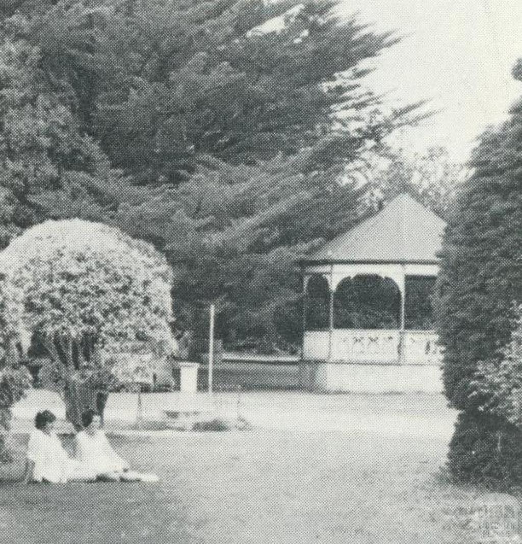 Maddingley Park, Bacchus Marsh, 1968