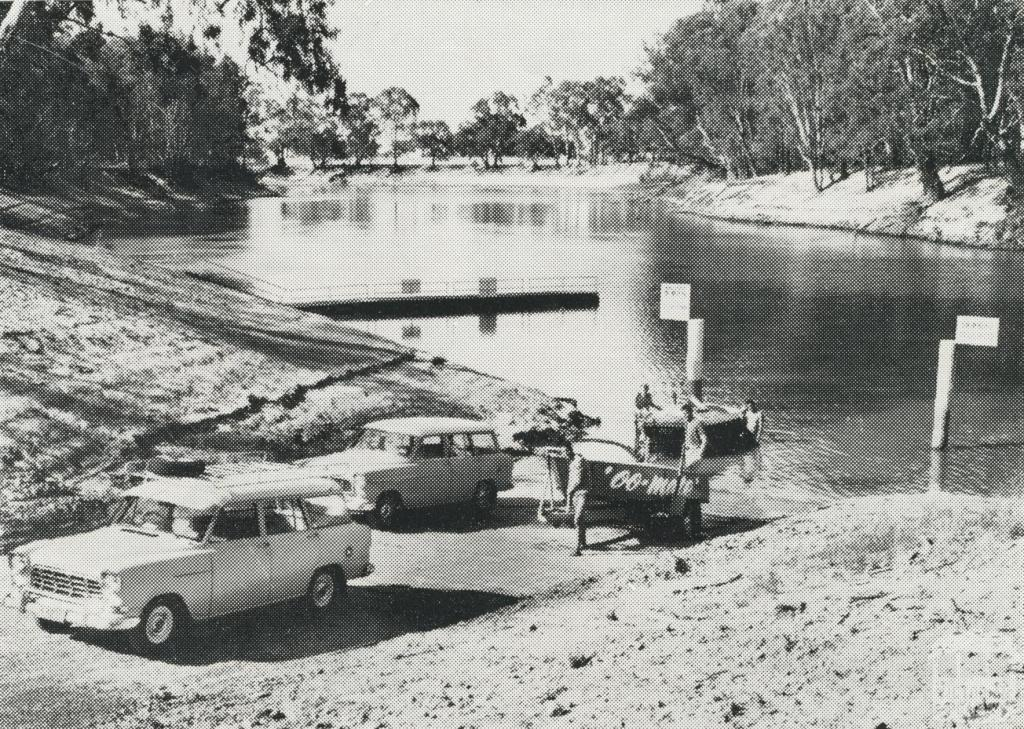 Boat Ramp and Mooring Jetty behind the Echuca Caravan Park, 1968