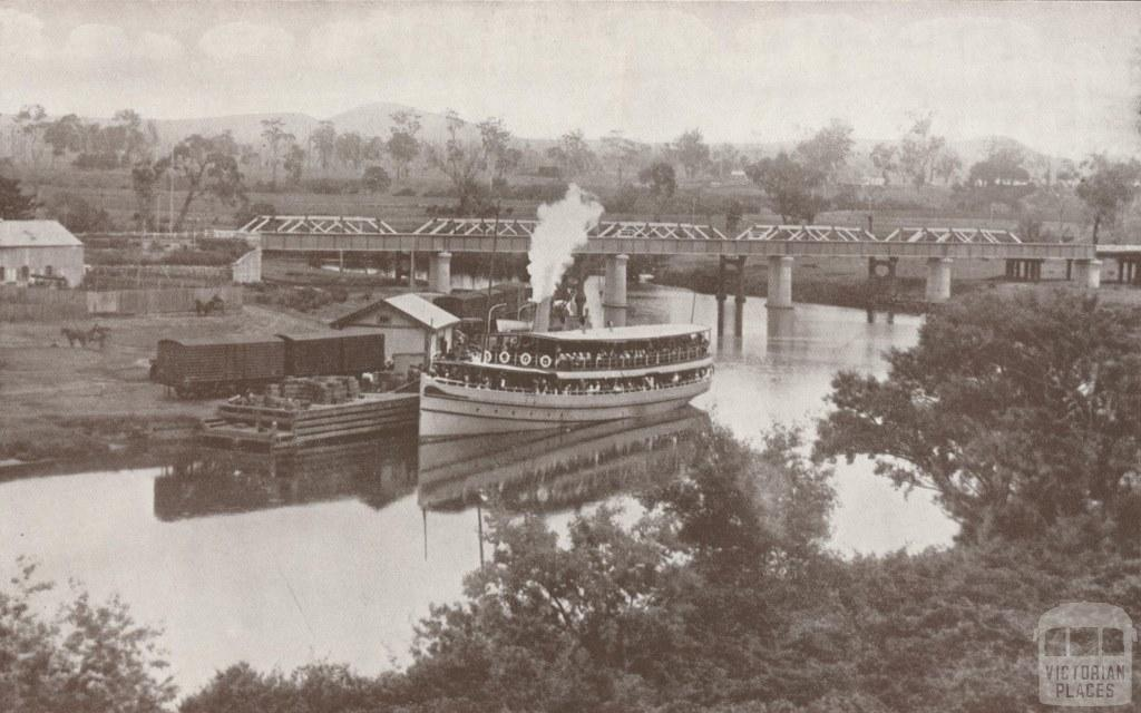 Mitchell River Wharf, with Excursion Steamer S.S. Gippsland, Bairnsdale, 1934