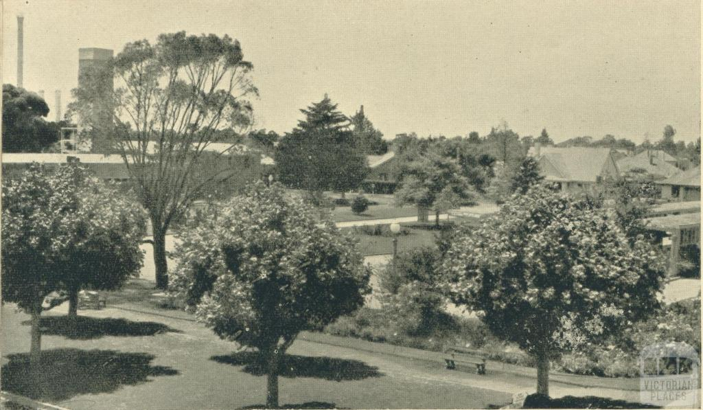 Looking towards Green Street from Broadway, Yallourn, 1961