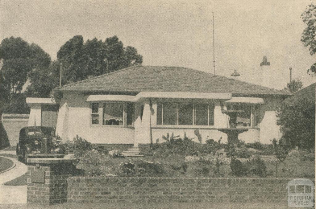 Rosanna Residence, 1946