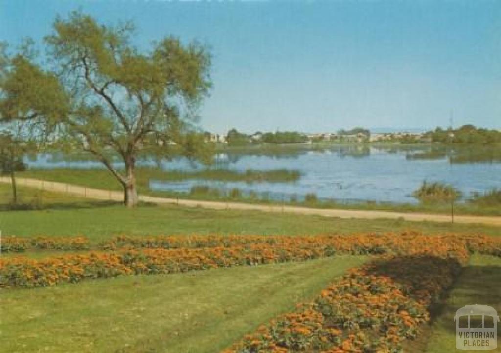 Lake Guthridge, Sale