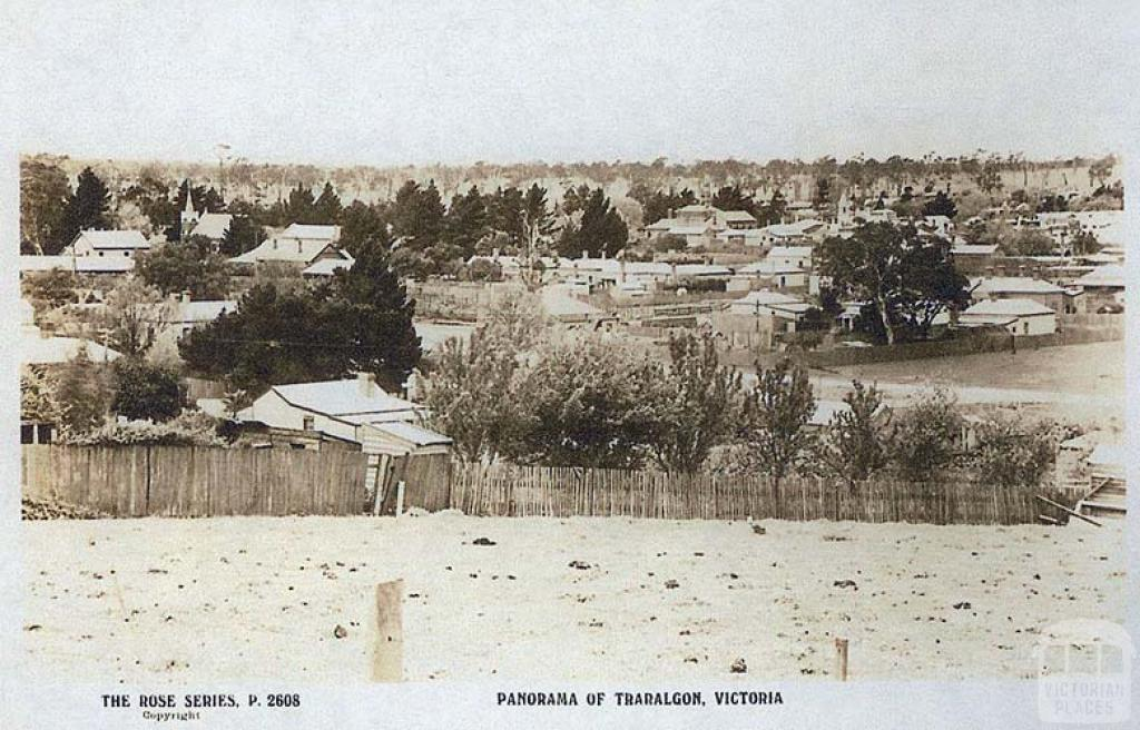 Panorama of Traralgon, c1920