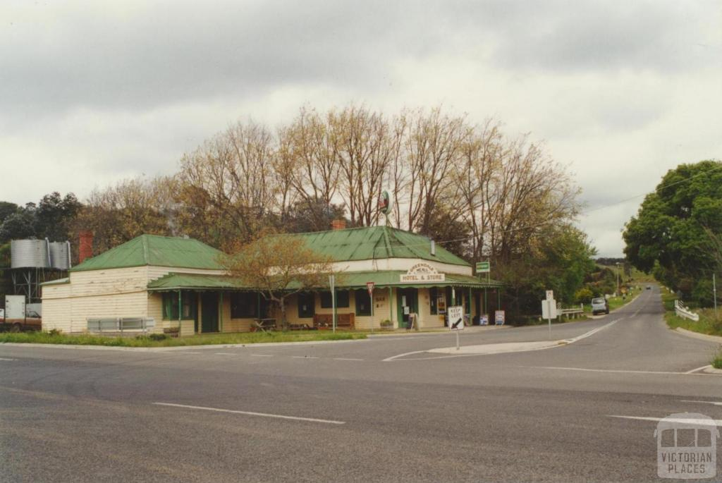 Greendale Hotel and store, 2000