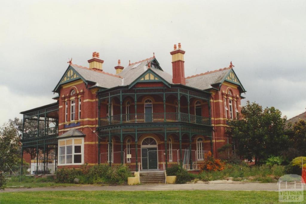 Bundoora Park homestead, 2000