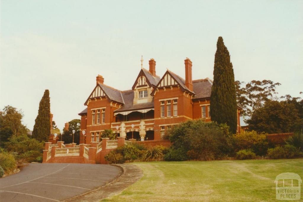 The Hill, Circular Drive, Caloola, Sunbury, 2002