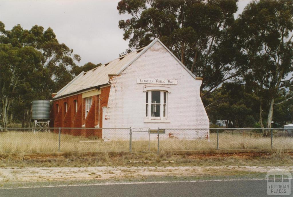 Llanelly Hall, 2005