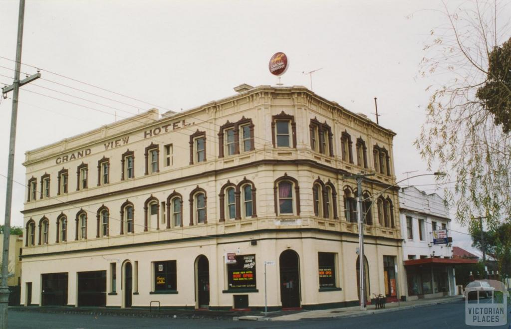 Grandview Hotel, Pearson and Hunter Streets, Brunswick West, 2005