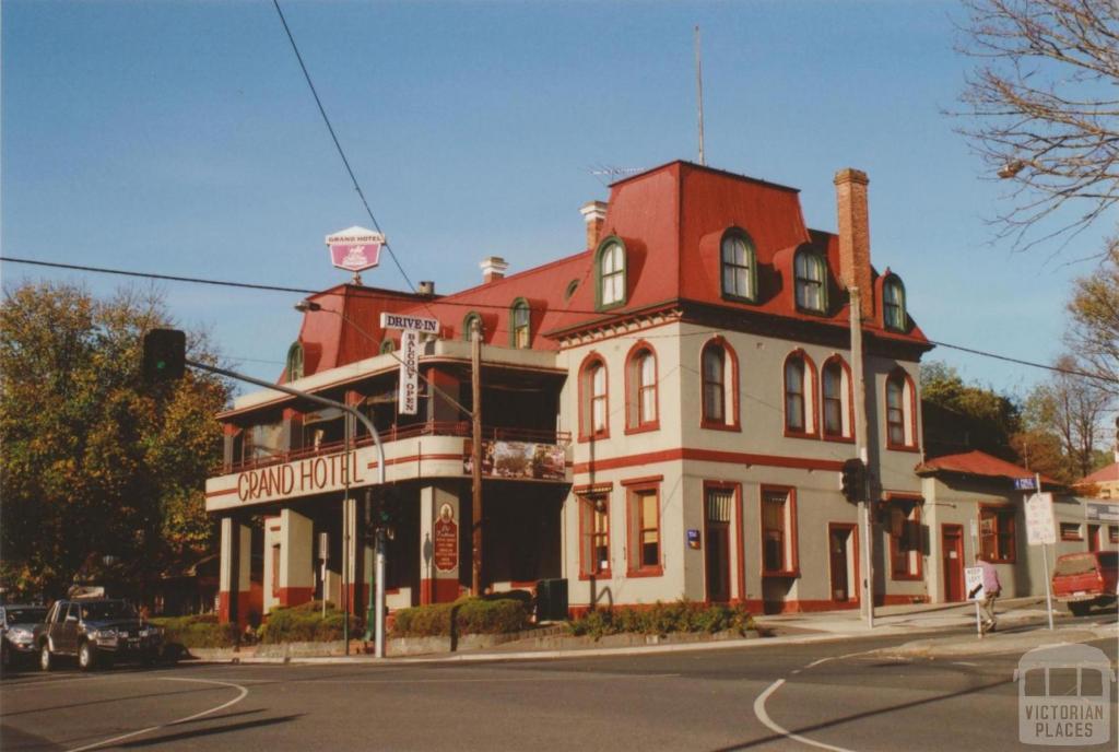 Grand Hotel, Healesville, 2008