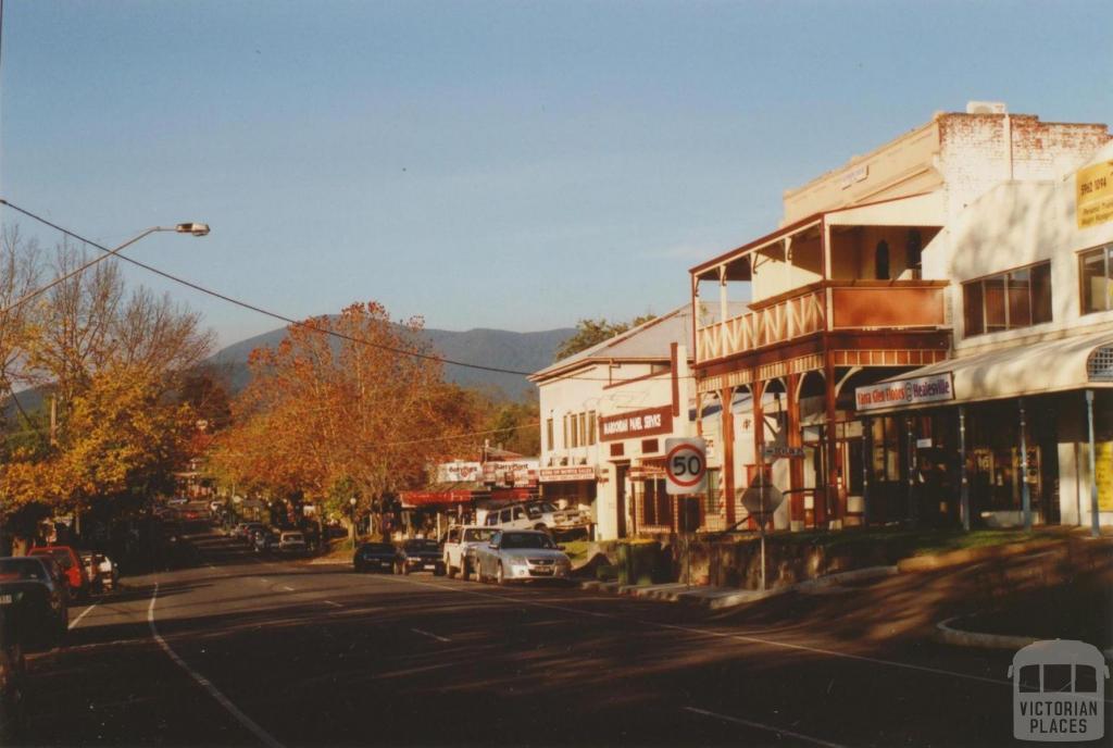 Main street, Healesville, 2008