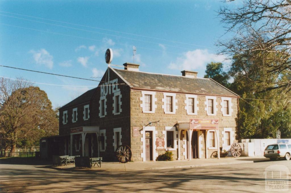 Inverleigh Hotel
