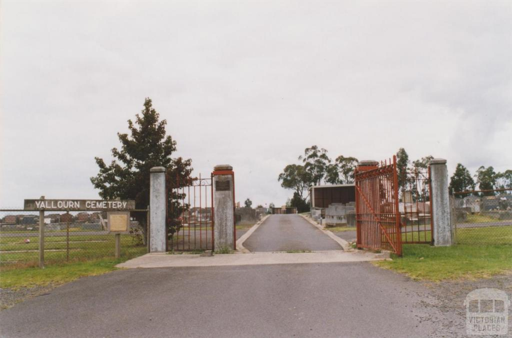 Cemetery, Hernes Oak (1930) with Yallourn Works gates, 2010