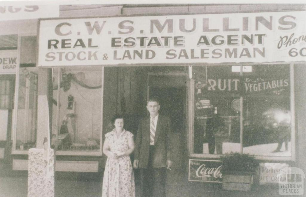 C.W.S. Mullins, Real estate agent, Dunolly