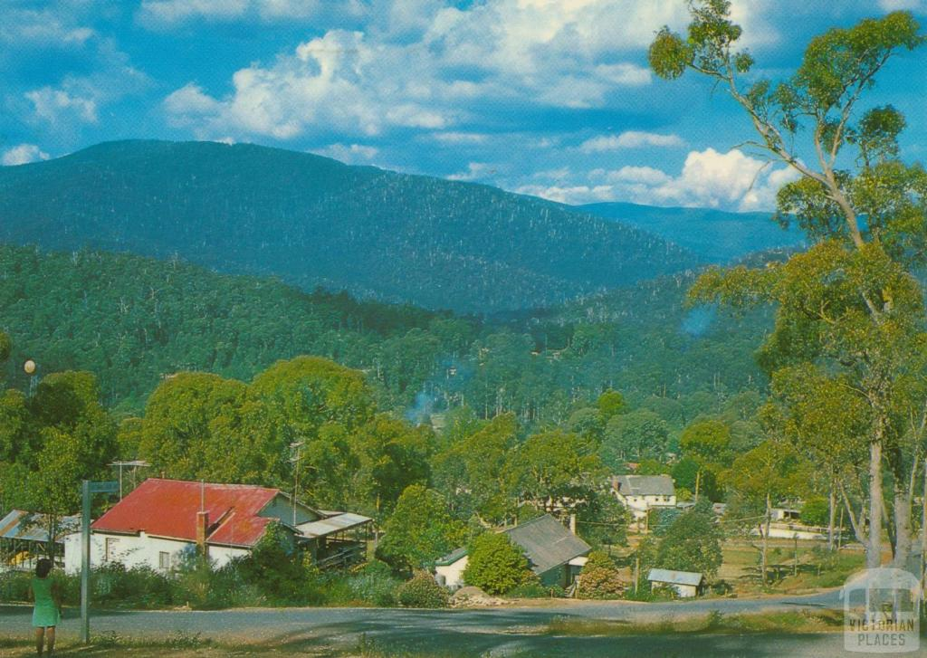 Looking towards Lake Mountain from Marysville, 1986