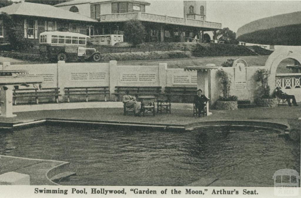 Swimming pool hollywood garden of the moon arthurs seat Public swimming pools mornington peninsula