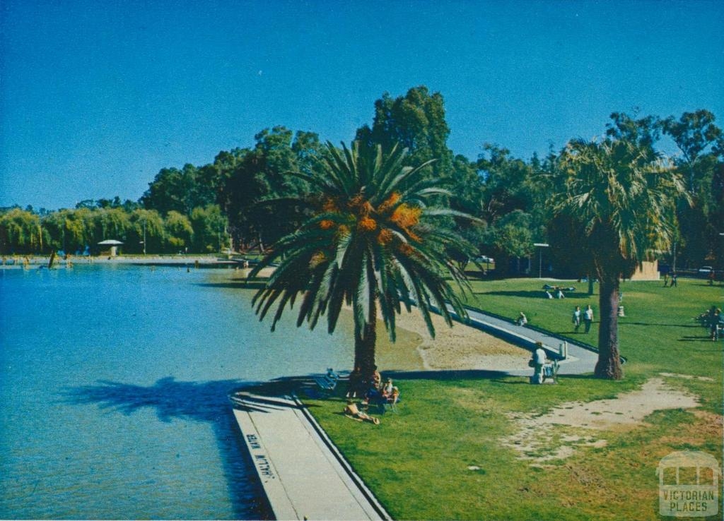 Lake Victoria At The Raymond West Swimming Pool Shepparton Victorian Places
