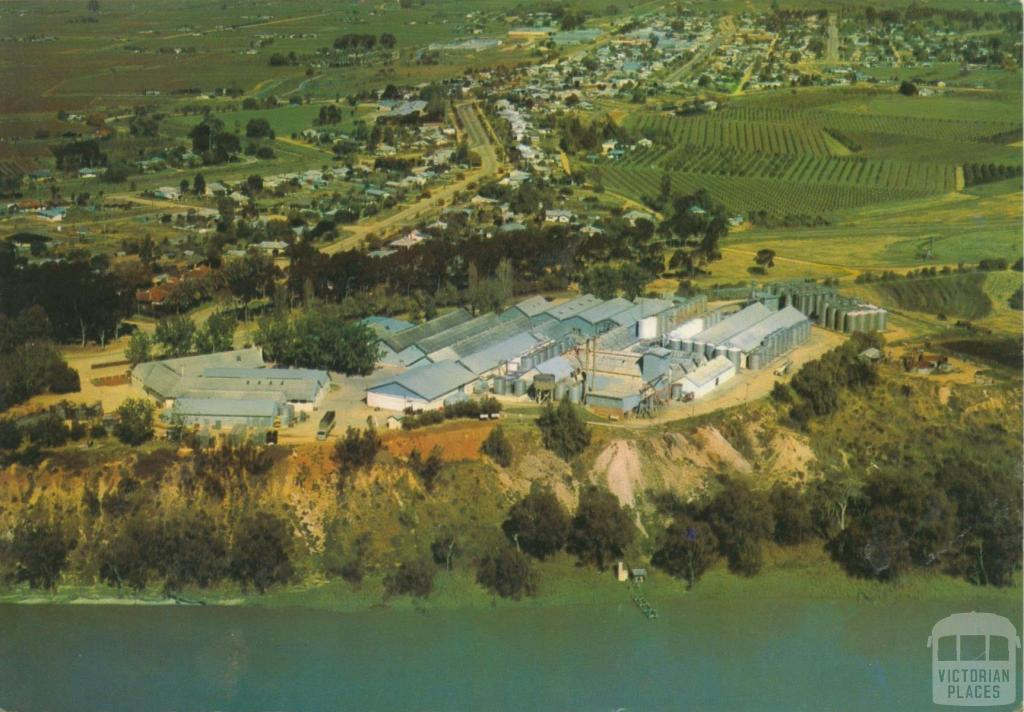 Mildura winery, Merbein, 1986